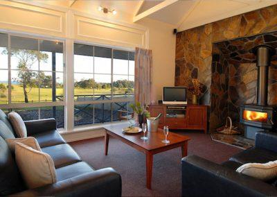 Waverley house lakes entrance accomodation -1
