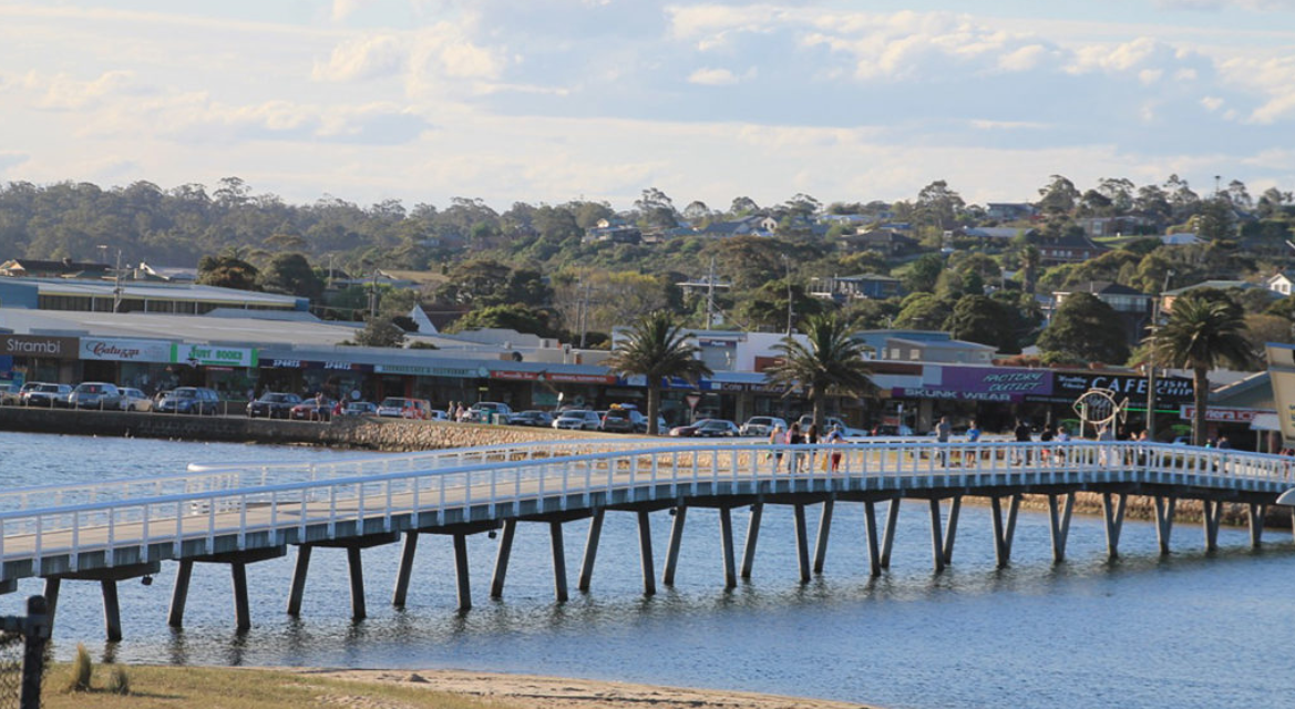 Ocean Bridge Units Lakes Entrance