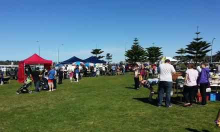 Lakes Entrance Foreshore Market
